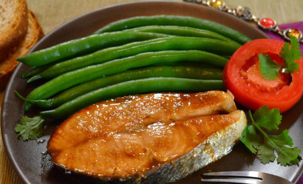 Лосось запеченный в имбирно-медовом соусе фото рецепт как приготовить