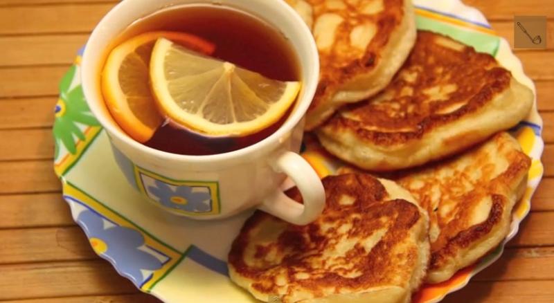 Оладьи дрожжевые рецепт приготовления (видео)