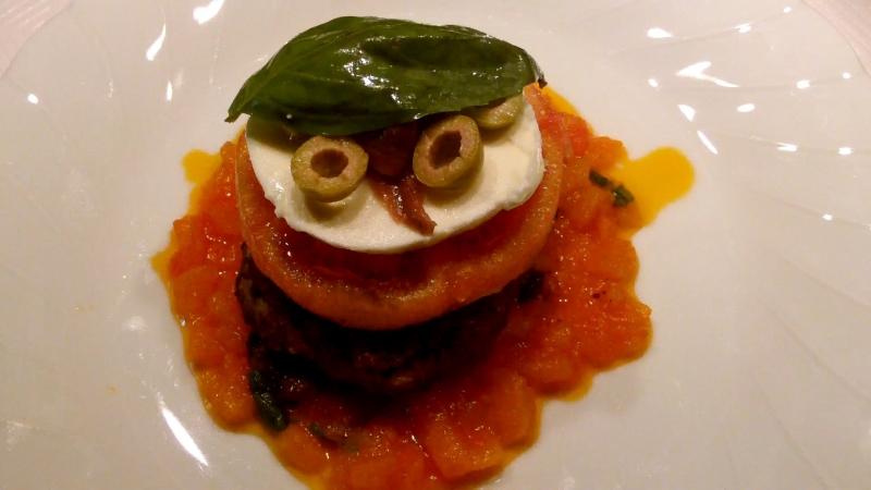 Бочонки из помидор с сюрпризом